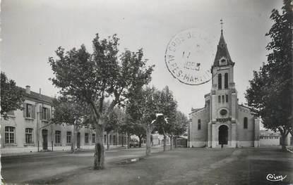 """CPSM FRANCE 07 """"Le Teil, Place de l'église""""."""