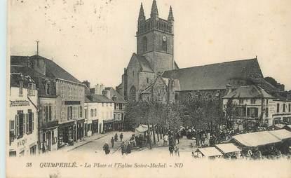 """CPA FRANCE 29 """"Quimperlé, La place et l'église St Michel""""."""