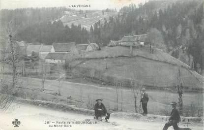 """CPA FRANCE 63 """" La Bourboule, Route de la Bourboule au Mont Doré""""."""