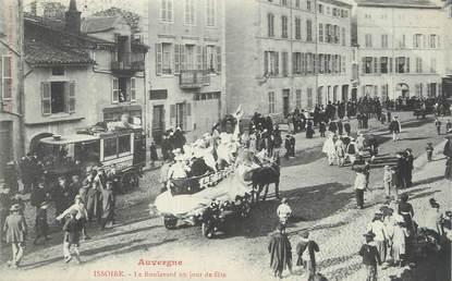 """CPA FRANCE 63 """" Issoire, Le Boulevard un jour de fête""""."""