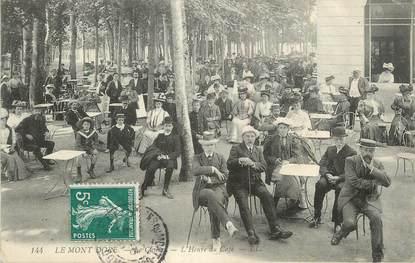 """CPA FRANCE 63 """" Le Mont Doré, Le casino, l'heure du café""""."""