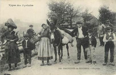 """CPA FRANCE 65 """"Bagnères de Bigorre, Paysans"""". / FOLKLORE"""