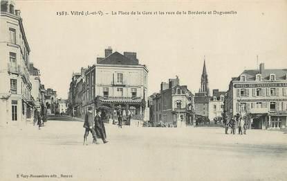"""CPA FRANCE 35 """"Vitré, la Place de la gare et les rues de la Borderie"""""""