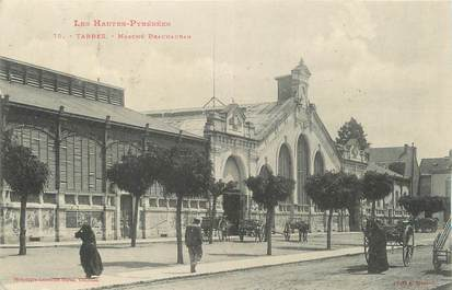 """CPA FRANCE 65 """" Tarbes, Marché Brauhaban""""."""