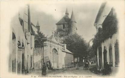 """CPA FRANCE 65 """" St Pé de Bigorre, Rue et l'église""""."""