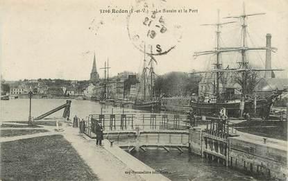 """CPA FRANCE 35 """"Redon, le  bassin et le port"""""""