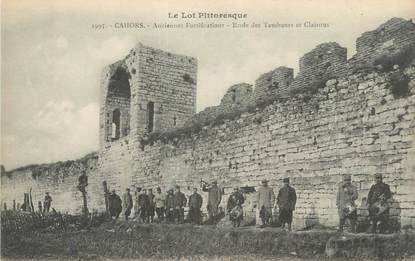 "CPA FRANCE 46 "" Cahors, Anciennes fortifications, école des tambours et clairons""."