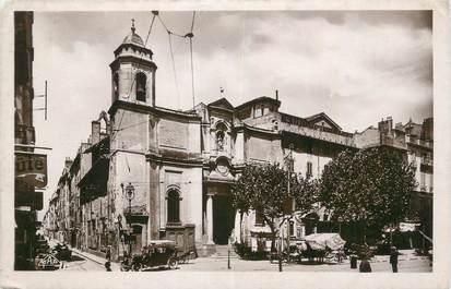 """CPSM FRANCE 83 """"Toulon, L'église St Jean et le marché""""."""