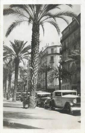 """CPSM FRANCE 83 """"Toulon, Les palmiers de l'Avenue Colbert""""."""