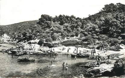 """CPSM FRANCE 83 """" Ile du Levant, La plage""""."""
