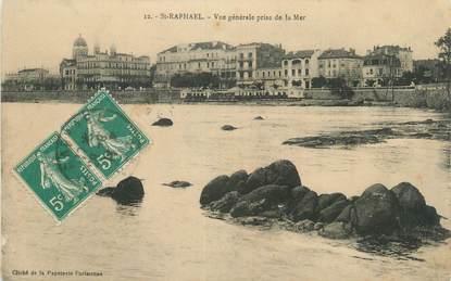 """CPA FRANCE 83 """" St Raphaël, Vue générale prise de la mer""""."""
