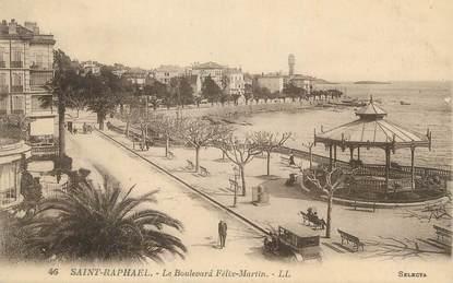 """CPA FRANCE 83 """" St Raphaël, Le Boulevard Félix Martin""""."""