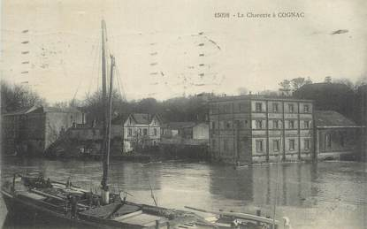 """CPA FRANCE 16 """" Cognac, La Charente""""."""