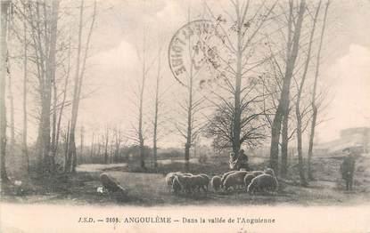 """CPA FRANCE 16 """" Angoulême, Dans la vallée de l'Anguienne""""."""