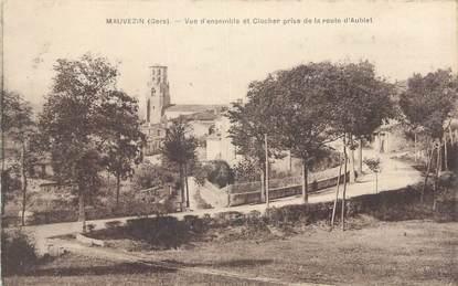 """CPA FRANCE 32 """" Mauvezin, Vue d'ensemble et clocher prise de la route d'Aubiet""""."""