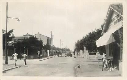 """CPSM FRANCE 34 """" Carnon Plage, L'avenue""""."""
