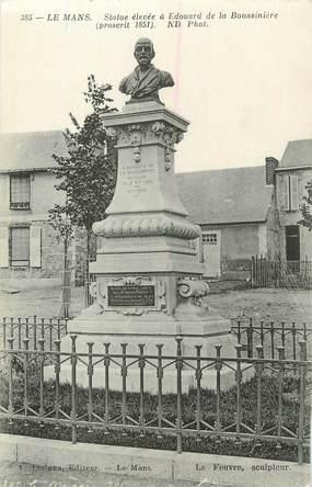 """CPA FRANCE 72 """" Le Mans, Statue de Edouard de la Boussinière""""."""