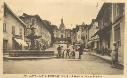 """CPA FRANCE 38 """" St Jean de Bournay, L'Hôtel de Ville et la place""""."""