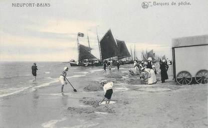 """CPA BELGIQUE """"Nieuport Ville, les barques de pêche"""""""