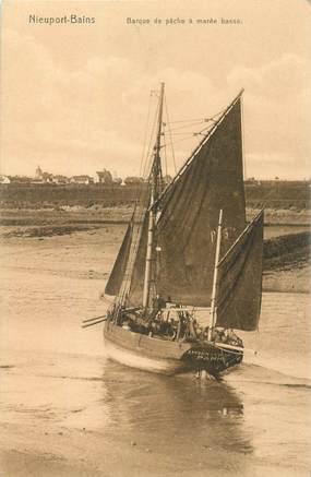 "CPA BELGIQUE ""Nieuport Bains, barque de pêche"""