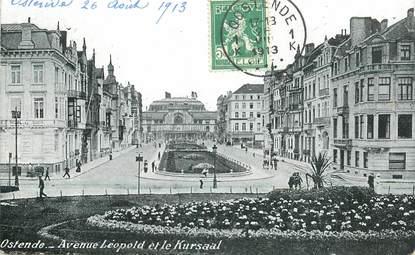 """CPA BELGIQUE """"Ostende, avenue Léopold et le Kursaal"""""""