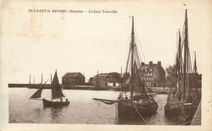 "CPA FRANCE 50 ""St Vaast La Hougue, Le quai Tourville""."