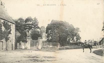 """CPA FRANCE 50 """" La Meauffe, L'église""""."""