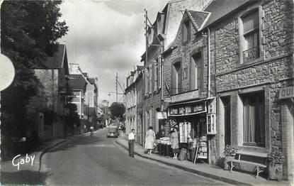 """CPSM FRANCE 50 """" St Jean Le Thomas, Rue Général de Gaulle""""."""