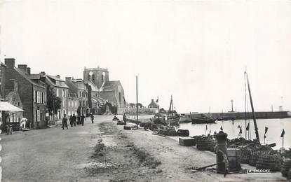 """CPSM FRANCE 50 """" Barfleur, Le port""""."""