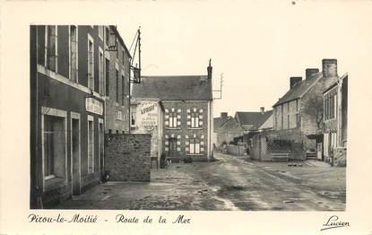 """CPSM FRANCE 50 """" Pirou Le Moitié, Route de la mer""""."""