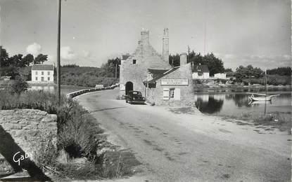 """CPSM FRANCE 56 """" Arzon, Moulin de Ren Castel sur le Golfe du Morbihan""""."""