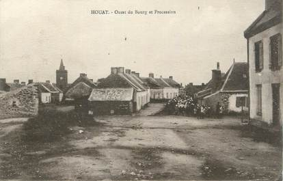 "CPA FRANCE 56 "" Houat, Ouest du Bourg et procession""."