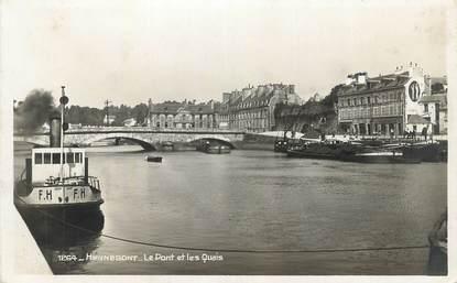"""CPA FRANCE 56 """" Hennebont, Le pont et les quais""""."""