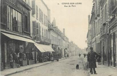 """CPA FRANCE 58 """" Cosne sur Loire, Rue de Paris""""."""