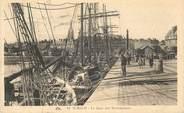 """35 Ille Et Vilaine CPA FRANCE 35 """"Saint Malo, le quai des Terreneuves"""""""