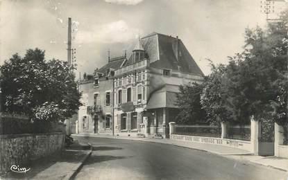 """CPSM FRANCE 58 """" St Honoré les Bains, Hôtel Henri Robert"""