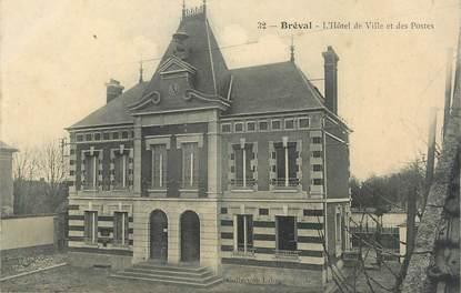 """CPA FRANCE 78 """"Bréval, L'Hôtel de Ville et des Postes""""."""