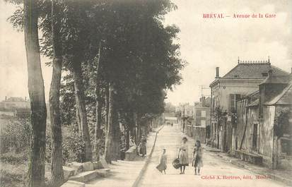 """CPA FRANCE 78 """"Bréval, Avenue de la gare""""."""
