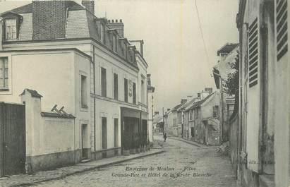 """CPA FRANCE 78 """"Flins, Grande rue et Hôtel de la Croix Blanche""""."""