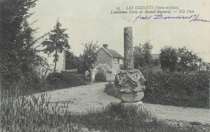 """CPA FRANCE 78 """"Les Guinets, L'ancienne croix de Mesnil Régnard""""."""