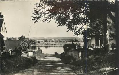 """CPSM FRANCE 27 """"Vieux Port, La descente vers la Seine""""."""