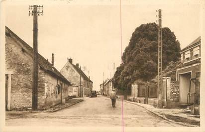"""CPA FRANCE 27 """" Villiers en Desoeuvre, La route de Vernon""""."""