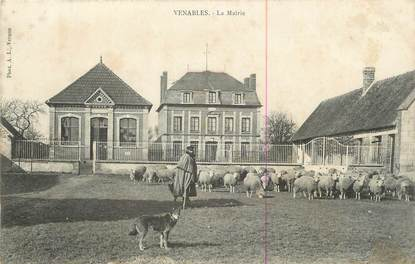 """CPA FRANCE 27 """" Venables, La Mairie""""."""