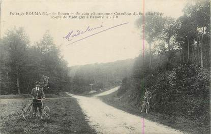 """CPA FRANCE 27 """" Forêt de Roumare, Route de Montigny à Hénouville""""."""