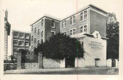"""CPSM FRANCE 27 """" Verneuil sur Avre, Le collège et l'école primaire supérieure""""."""