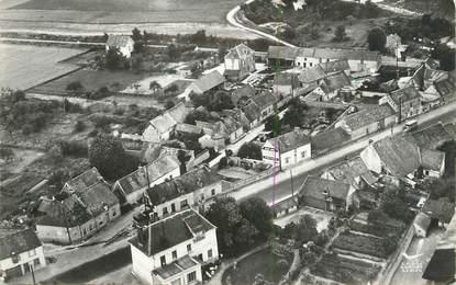 """CPSM FRANCE 27 """" St Aquilin de Pacy, La Route d'Evreux""""."""