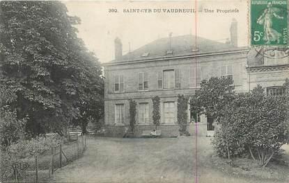 """CPA FRANCE 27 """" St Cyr du Vaudeuil, Une propriété""""."""