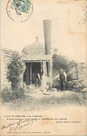 """CPA FRANCE 33 """"Saint Emilion près Libourne, viticulteurs"""""""