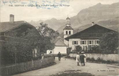 """CPA FRANCE 74 """" Servoz, Gorges de la Diosaz, intérieur du village""""."""