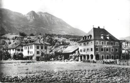 """CPSM FRANCE 74 """" St Pierre de Rumilly, Les hôtels""""."""